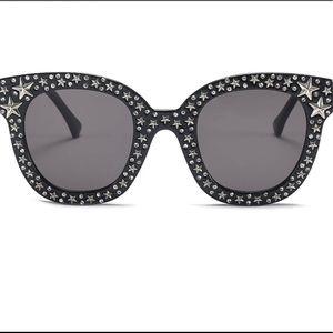 Luxury cat eye Star detail Sunglasses